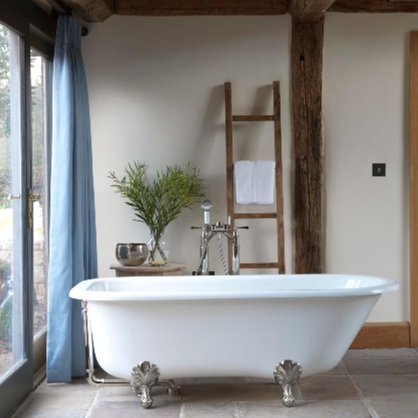 Victoria + Albert Hampshire Bath
